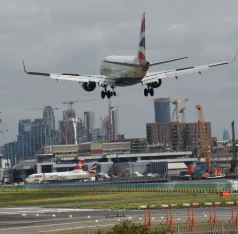 <p>The London city's airport expansion is facing opposition from the councilors. The councilors agreed after analyzing the adverse effects it will cause in noise and Air pollution.</p><p>The councilors stated that the Airport would have a very negative effect on residents residing just under the flight paths. They later added that the authorities gave no importance to the quality of life of these residents.</p><p>The motion passed by 43 Councillors and ten abstentions also discussed the lack of proofs provided by the authorities that pollution levels won't be affected. A public meeting to discuss Airport proposal is scheduled on Wanstead Library between 7 to 9.</p>