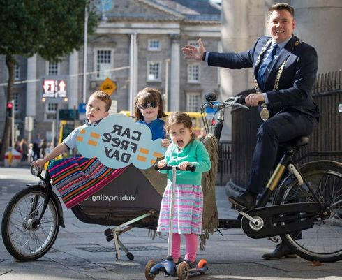 <p>World Car Fre Day 2019 will be organized on 22nd September in London as a 'reimagine' event for portraying the city without any car.&nbsp;</p><p>World Car Free Day aims to promote the sustainable mode of transport and encourage the citizens to see the beauty of the city without vehicles.&nbsp;</p><p>There will be road closures in Central London covering the 20 km road around Tower Bridge, London Bridge and the city of London.&nbsp;</p><p>This day is dedicated to residents of London to relish the moments in the car-free zone. Cycling and walking are highly invigorated to cheer the objectives of this event.</p><p>The roads of Brent, Camden, City of London, Croydon, Ealing, Enfield, Greenwich, Hackney, Hammersmith, Haringey, Harrow, Islington, Kensington &amp; Chelsea, Kingston, Lewisham, Merton, Newham, Redbridge, Southwark, Tower Hamlets, Wandsworth, and Westminster will be affected on Sunday by road closures.</p>
