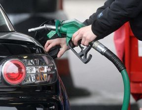 """<p><span style=""""background-color: transparent;"""">THE average price of unleaded petrol reached 136.7 cents a liter in Liverpool this afternoon.</span></p><p><br></p><p><span style=""""background-color: transparent;"""">NewsLocal tracks local fuel prices every day, so that you may know where and when you are paying too much.</span></p><p><br></p><p><span style=""""background-color: transparent;"""">According to Fuel Check, the lowest petrol price today was 122.9 cents a liter at 11.01 pm, which was 53.0 cents cheaper than the most expensive bowsers.</span></p><p><br></p><p><strong style=""""background-color: transparent;"""">The place where you can get it:</strong></p><p><br></p><p><span style=""""background-color: transparent;"""">- Metro Lansdowne, 987 Hume Highway, Lansdowne.</span></p><p><br></p><p><span style=""""background-color: transparent;"""">The list of today's other average and lowest fuel prices:</span></p><p><br></p><p><span style=""""background-color: transparent;"""">Premium 95: The most affordable is 139.5 cents, while the standard is 150.6 cents.</span></p><p><span style=""""background-color: transparent;"""">Premium 98: The cheapest is 141.9 cents, while the average is 157.0 cents.</span></p><p><span style=""""background-color: transparent;"""">LPG: The cheapest is 67.9 cents, while the average is 75.0 cents.</span></p><p><span style=""""background-color: transparent;"""">Diesel: The cheapest is 132.9 cents, while the average is 143.7 cents.</span></p><p><br></p><p><strong style=""""background-color: transparent;"""">Why you should shop around:</strong></p><p><br></p><p><span style=""""background-color: transparent;"""">According to the Australian Competition and Consumer Commission, the petrol price cycles have little connection to the wholesale price of fuel.</span></p><p><br></p><p><span style=""""background-color: transparent;"""">""""The cheapest and most expensive days to buy petrol can change from cycle to cycle."""" He suggested to motorists to use price cycles to in deciding when to buy petrol.""""</span></p><p><br></p><"""
