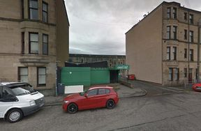 <p>The Police and Fire services will investigate a suspicious fire that lit in the Tall Cranes pub on Craighton Road. Emergency services were called at around 12:15 on Thursday after the fire spread through the area.&nbsp;</p><p>The Scottish Fire and Rescue services started work on extinguishing the fire. As a precautionary measure, most of the neighboring areas were evacuated by the authorities.&nbsp;</p><p>Fortunately, there were no injuries. Police believe that the fire was deliberate and working and finding witnesses to inquire the cause of the fire. Peter Sharp, the detective inspector, said that it was fortunate that nobody was harmed as a result of the fire. However, the locals were disturbed as a result of moving out of their houses while the authorities work on putting off the light. A team is working on getting to know the cause of the fire.</p><p>&nbsp;</p>
