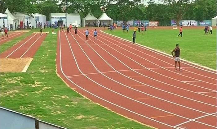 <p>State level junior boys and girls athletics competition started ceremonially at Madan Mohan Malviya Stadium on Saturday. In the two-day competition, players from 18 mandals of the state will try hard to win.</p>