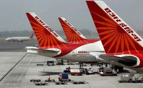 <p>Air India, the state-run airline company, has slashed its 700 employees. An order has been issued to leave the flats to these personnel. These employees had been in the Air India Colony located in Vasant Vihar, Delhi for the past several years.</p>