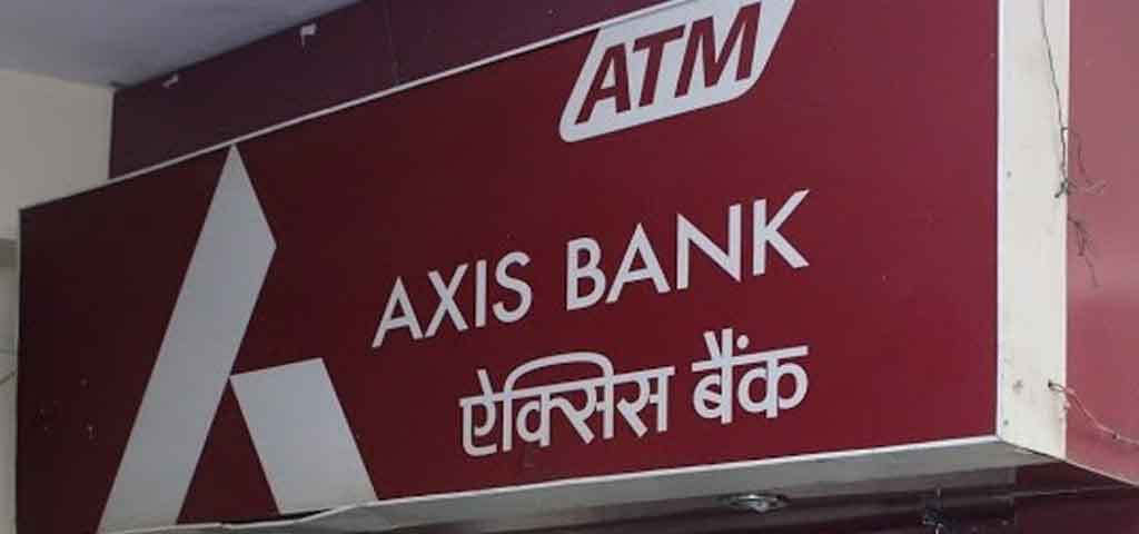 <p>In Greater Noida a man found out a cloning device in ATM machine of AXIS bank while he was withdrawing money from the same ATM machine. He informed the police and bank about the device on which police came and  recovered a cloning device including a hidden camera and 1.5 GB memory card from there.</p>