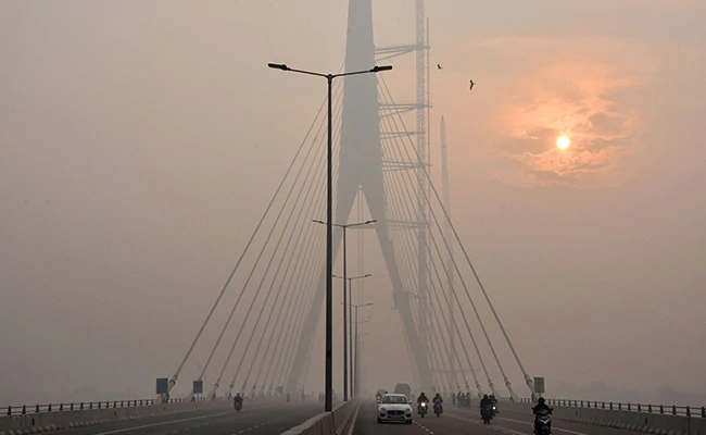 """<p class=""""ql-align-justify""""><span style=""""background-color: transparent; color: rgb(0, 0, 0);"""">The air quality in Delhi remained in very poor condition for the third consecutive day, and AQI reached beyond 380 in many areas. Air quality conditions in the national capital Delhi and NCR also worsened for the third consecutive day on Saturday. According to SAFAR, the reason for increasing air pollution is the prevalence of airflow and the decrease in ventilation coefficient, which reduces pollution and creates a favorable environment. A 0-50 AQI is considered good, 51–100 satisfactory, 101–200 moderate, 201–300 poor, 301–400 extremely poor, and 401–500 severe, and beyond 500 is considered 'emergency.' </span></p><p class=""""ql-align-justify""""><span style=""""background-color: transparent; color: rgb(0, 0, 0);"""">The AQI was 379 in Dhirpur at 9 am on Saturday, while it was in the 'severe' category with 425 in Mathura Road. PQA, Airport Terminal 3, and Delhi University had AQI of 352, 403, and 380, respectively. While Air Quality remained in the middle category in Pune, Mumbai, and Ahmedabad on Saturday, the AQI of these three were 123, 149, and 109, respectively. At the same time, maximum and minimum temperatures in Delhi will be between 8 and 24 degrees, respectively, while the humidity will be 46 percent. Earlier, the Delhi government had termed stubble burning as one of the major factors in increasing pollution in the capital. But by December 5, stubble burning contributed only 9 percent to Delhi's pollution. On November 25, the Supreme Court ordered an immediate ban on the burning of stubble in Uttar Pradesh, Punjab, and Haryana. At the same time, the court had reprimanded Delhi, Central, and State Governments and ordered to take immediate steps for pollution control.</span></p>"""