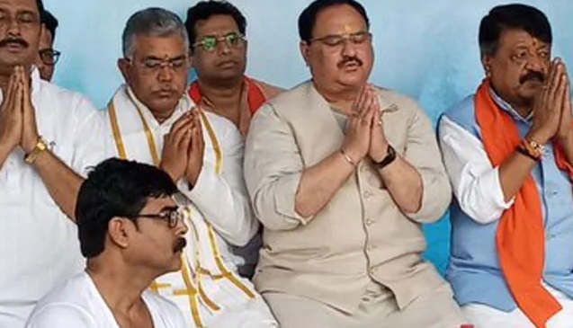 """<p>BJP working president JP Nadda said there is """"wilderness raj"""" and a """"rule of fear"""" in West Bengal.&nbsp;Mr Nadda additionally played out a custom known as """"mass tarpan"""" for gathering laborers who lost their lives in political brutality in the state over the most recent couple of years. Tarpan is a custom wherein water is offered to precursors with supplications for harmony to the withdrew spirits.&nbsp;</p><p><br></p><p>The hour of the Trinamool Congress (TMC) government is finished, Mr Nadda stated, asserting that relatives of """"killed BJP laborers"""" in West Bengal are not getting equity.&nbsp;""""There is 'wilderness raj' and a reign of fear in West Bengal under the TMC. It is seeing 'goonda raj' as there is no standard of law here. Yet, this 'wilderness raj' will end soon as the hour of the TMC government is finished,"""" he included.&nbsp;West Bengal boss priest Mamata Banerjee is """"quick losing her political ground in West Bengal. She has no vision as the main clergyman,"""" he said.</p>"""