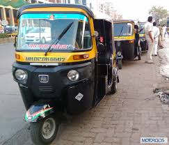 <p>Auto driver came in front of a women who were waiting for cab, and he started masturbating there.</p>