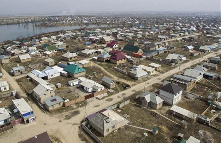 """<p><span style=""""color: rgb(56, 56, 56);"""">В Бишкеке составляют новую карту жилых массивов. Данная информация появилась на одном из городских порталов.</span></p><p>Согласно поступившей информации столица Кыргызстана в последние несколько лет активно развивается и расширяется. Только за последнее время было построено несколько вместительных жилых массивов. На территории которых предусмотрены обширные парковки, детские площадки, небольшие парковые зоны, а так же многое другое. В число таких жилых комплексов входят """"Мурас Ордо"""", """"Балбан Таймаш"""", """"Алтын Бешик"""", """"Колмо"""", а так же многие другие. В связи с этим, территория города значительно расширилась и потерпела некоторые изменения на карте, которые необходимо зафиксировать.</p><p>Таким образом мэр Бишкека прочил создать новую схему жилых массивов, а так же провести полную инвентаризацию земельных участков. Данные работы планируют завершить до конца этого года.</p>"""