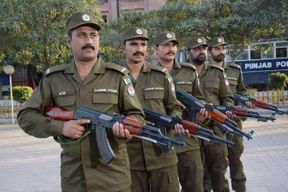 """<p><span style=""""color: black;"""">Lahore police have arrested 449 suspects from neighboring city educational institutions in their continuing crackdown on drug-peddlers.</span></p><p><span style=""""color: black;"""">City Division Police arrested 103 drug-peddlers, Cantt Division 95, Civil Lines 37, Sadar Division 110, Iqbal Town Division 44, as described, while Model Town Division Police arrested 60 defendants during their crackdown.</span></p><p><span style=""""color: black;"""">More than198 kg charas, 62.5grm Salt, 572grm cocaine, 580grm morphine, 1240 toxic pills, more than 9 kg Bhang and 3,056 liters of alcohol from the accused were also seized from the police.</span></p><p><span style=""""color: black;"""">DIG Operations Lahore Ashfaq Khan advised all Lahore Police divisional SPs to intensify the crackdown on drug dealers outside educational institutions.</span></p>"""