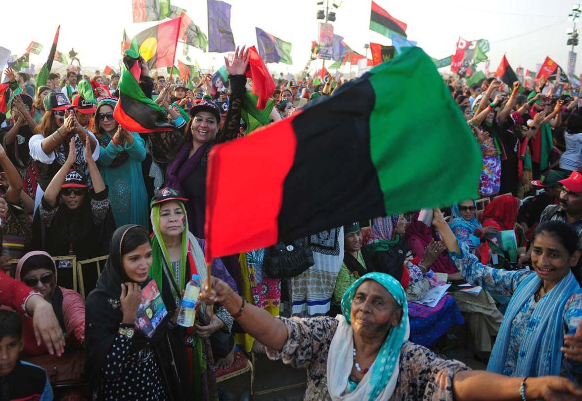<p>Thursday recorded a historic turning point in the PPP's fortunes. Although the top leadership of the party, including Chairman Bilawal Bhutto Zardari and his daughters, Bakhtawar and Aseefa, personally campaigned to win their candidate's PS-11 Larkana seat, all the energy they spent was simply not enough.</p><p>In the end, Grand Democratic Alliance (GDA) Moazzam Abbasi, who happens to be Bilawal's parliamentary advisor, lost the seat by more than 5,500 votes. But as Sindh's ruling party cries foul and argues that the election was rigged, its failure in its traditional stronghold has sparked a debate in political circles about what actually went wrong.</p><p>Political analysts and commentators in Sindh pointed out as factors in the extraordinary loss both the fielding of a poor candidate who did not develop a sufficiently strong relationship with constituency people and the overall bad governance of PPP.</p>