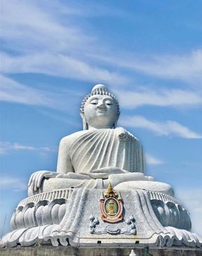 "<p><span style=""color: rgb(102, 163, 224);"">Big Buddha in Phuket or Big Buddha Phuket is a temple complex and a huge Buddha statue that can be seen from almost anywhere in the south of the island. A huge white statue of Big Buddha rises on top of Mount Nakaked at an altitude of about 400 meters above sea level. Almost every tourist who arrives on the island wants to visit the Big Buddha to not only see Buddhist shrines and enjoy the beautiful views of Phuket from the observation platforms on top of the mountain, but also receive the blessing of a monk and tie a rope for good luck.</span></p>"