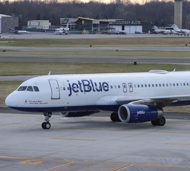 <p>Jet Blue, the New York-based carrier, will offer seasonal service between the Ronald Reagan Washington National with Martha's Vineyard. The service will begin on 12th June and will provide its service three times a week. JetBlue announced on Friday that the route would operate on Friday and the weekends till September 7.&nbsp;</p><p>Embraer E190 aircraft will be used for the travel. JetBlue has been offering seasonal service between Washington and Nantucket since 2015. The Cirium schedule data reported that the new facility would complement the old service. The new Martha's Vineyard route comes a year after the network cut between Martha's Vineyard and Washington National. JetBlue had ended its services to Hartford and Tampa in July. The services to Charleston in South Carolina and Jacksonville were also terminated in October.</p><p><br></p>