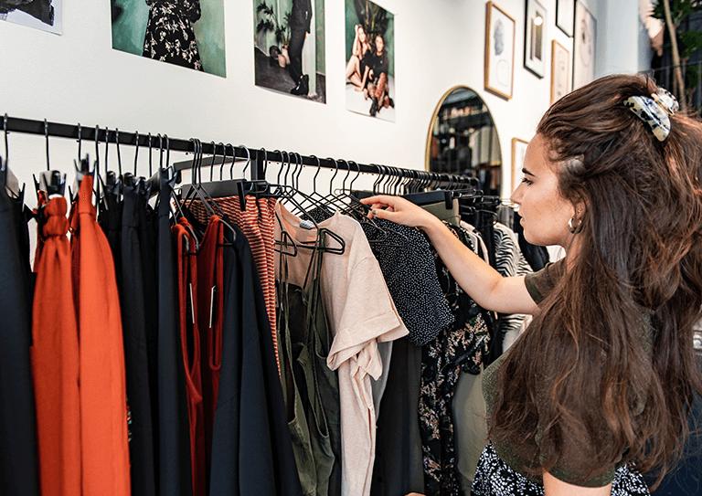 Het fashion kassasysteem voor online én offline verkoop
