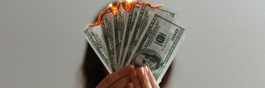 dinheiro fogo notas dolar - destaque noticia - piqsels
