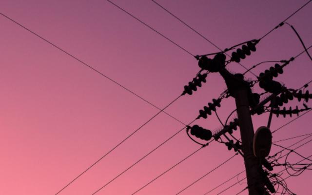 fios luz energia imagem destaque piqsels