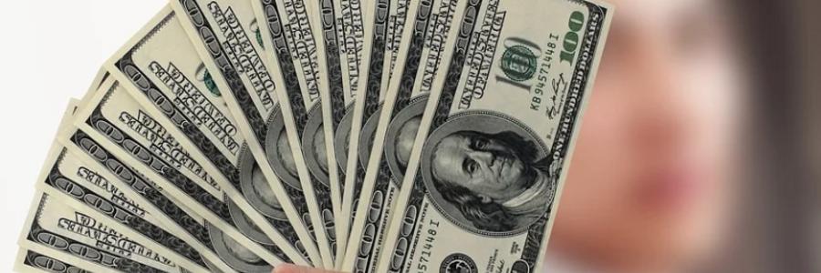 Dólar fecha em alta bolsa de valores investimento Pixabay