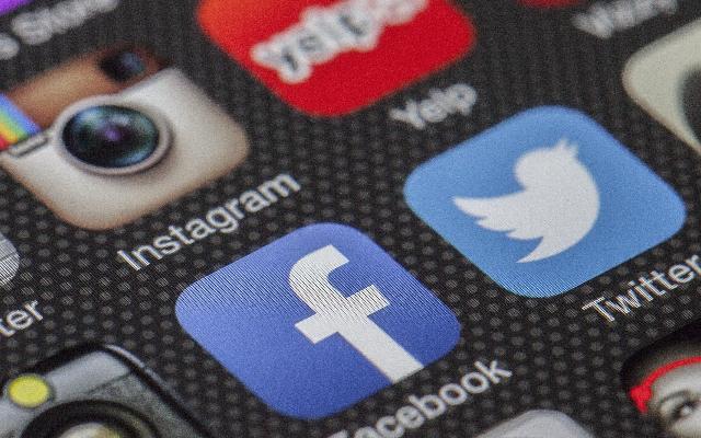 facebook piqsels destaque noticia