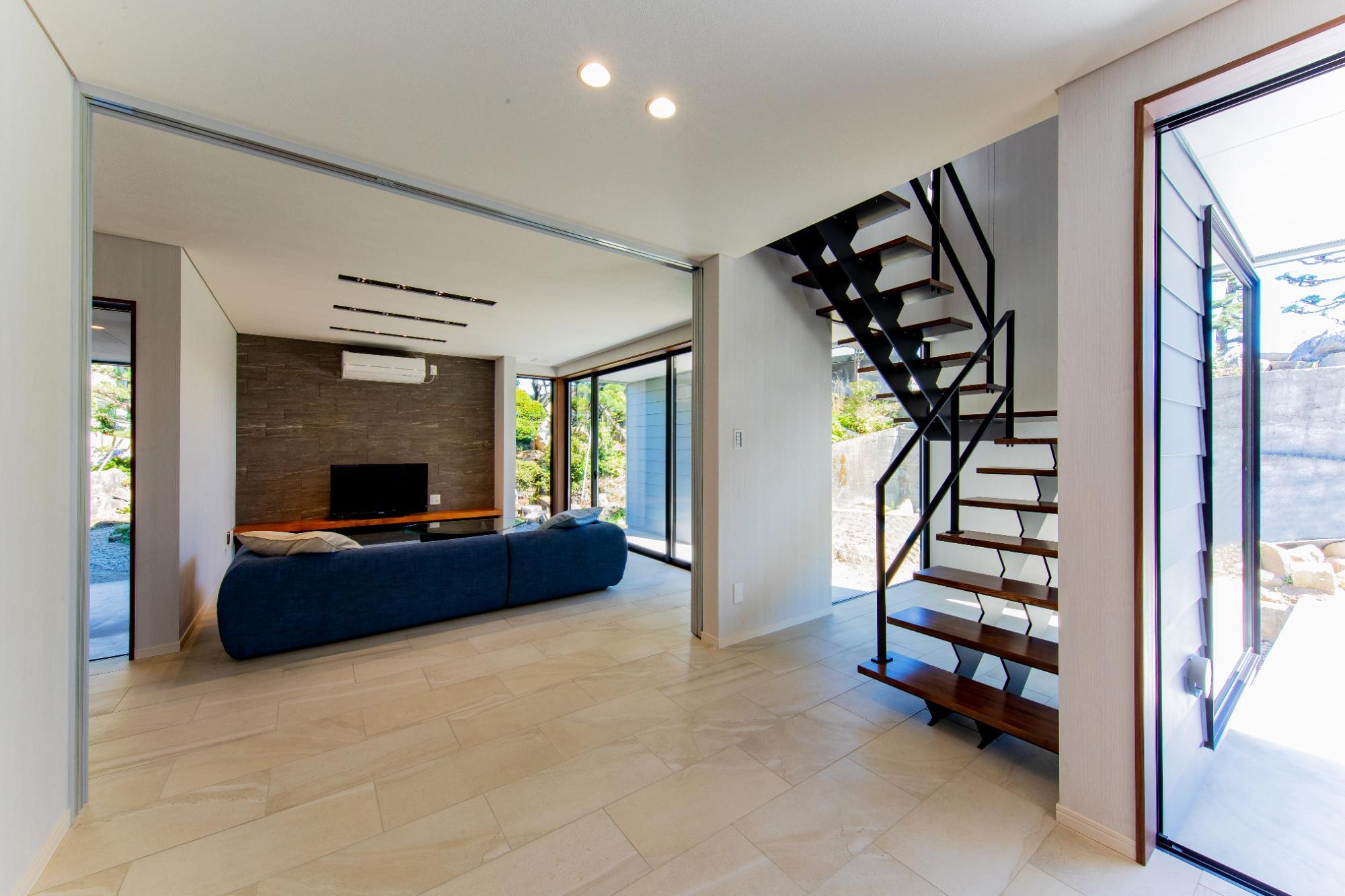 一級建築士事務所 株式会社山内組 archi labo「住み継げる住まいの提案 archi laboコンセプトハウス」のリビング・ダイニングの実例写真