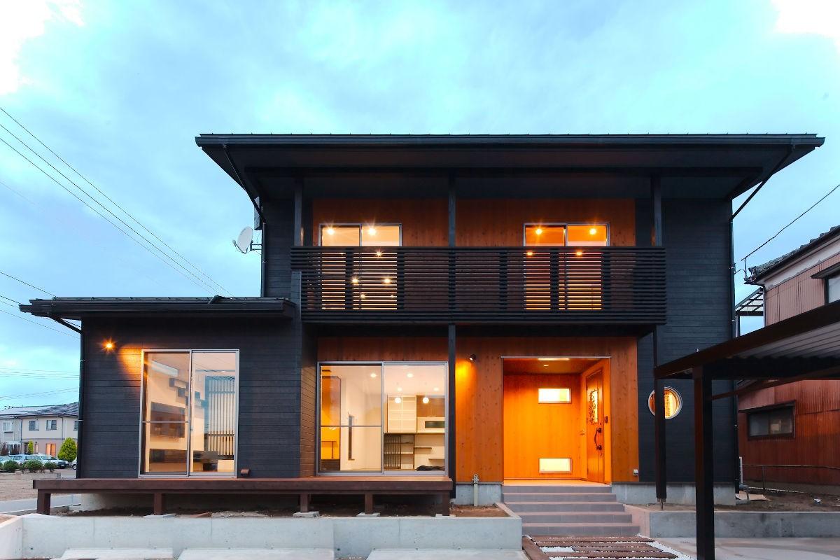 地震に強く、高気密で高断熱、ご家族の健康と未来を守る家づくりをモットーとしております