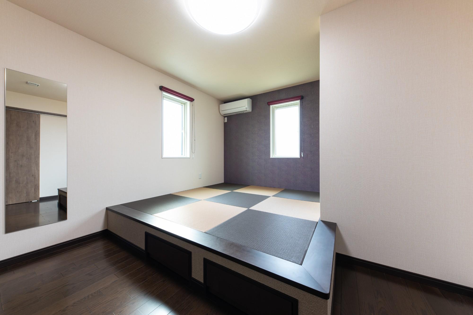 お部屋に小上がりを設け、お部屋から出たくなくなる位快適な空間に。