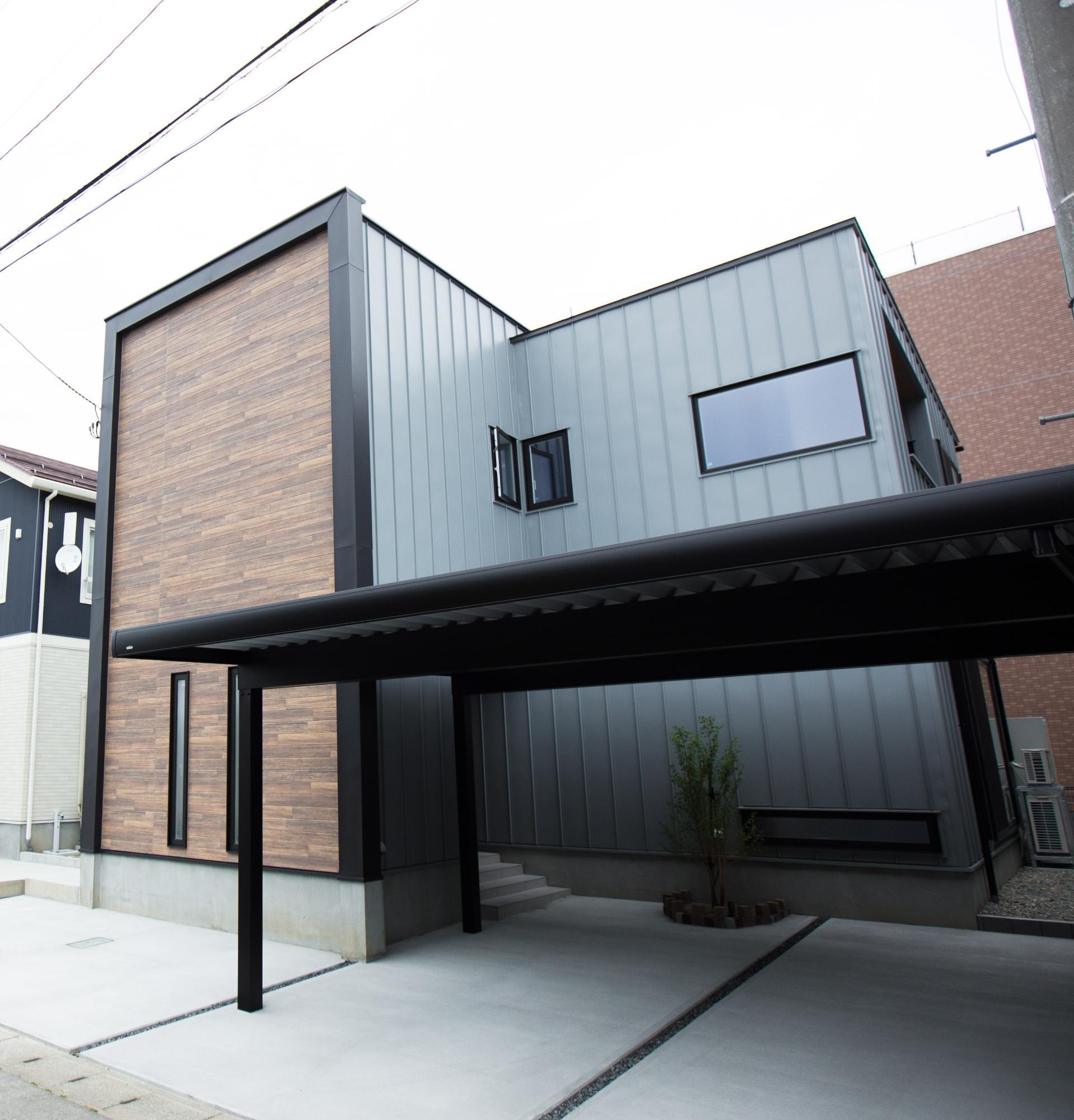 ゆとり空間とこだわりが詰まったスタイリッシュハウスの写真1