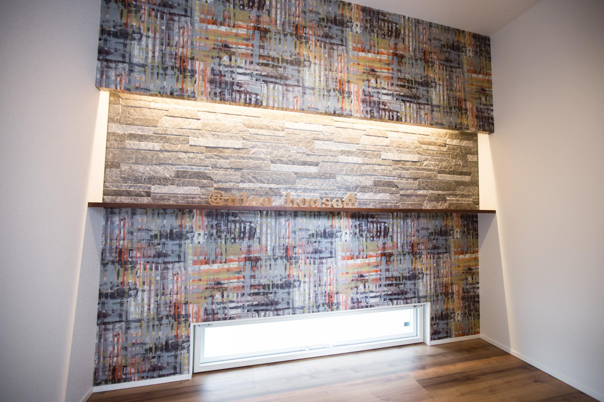 ニコハウス株式会社「ゆとり空間とこだわりが詰まったスタイリッシュハウス」の玄関の実例写真