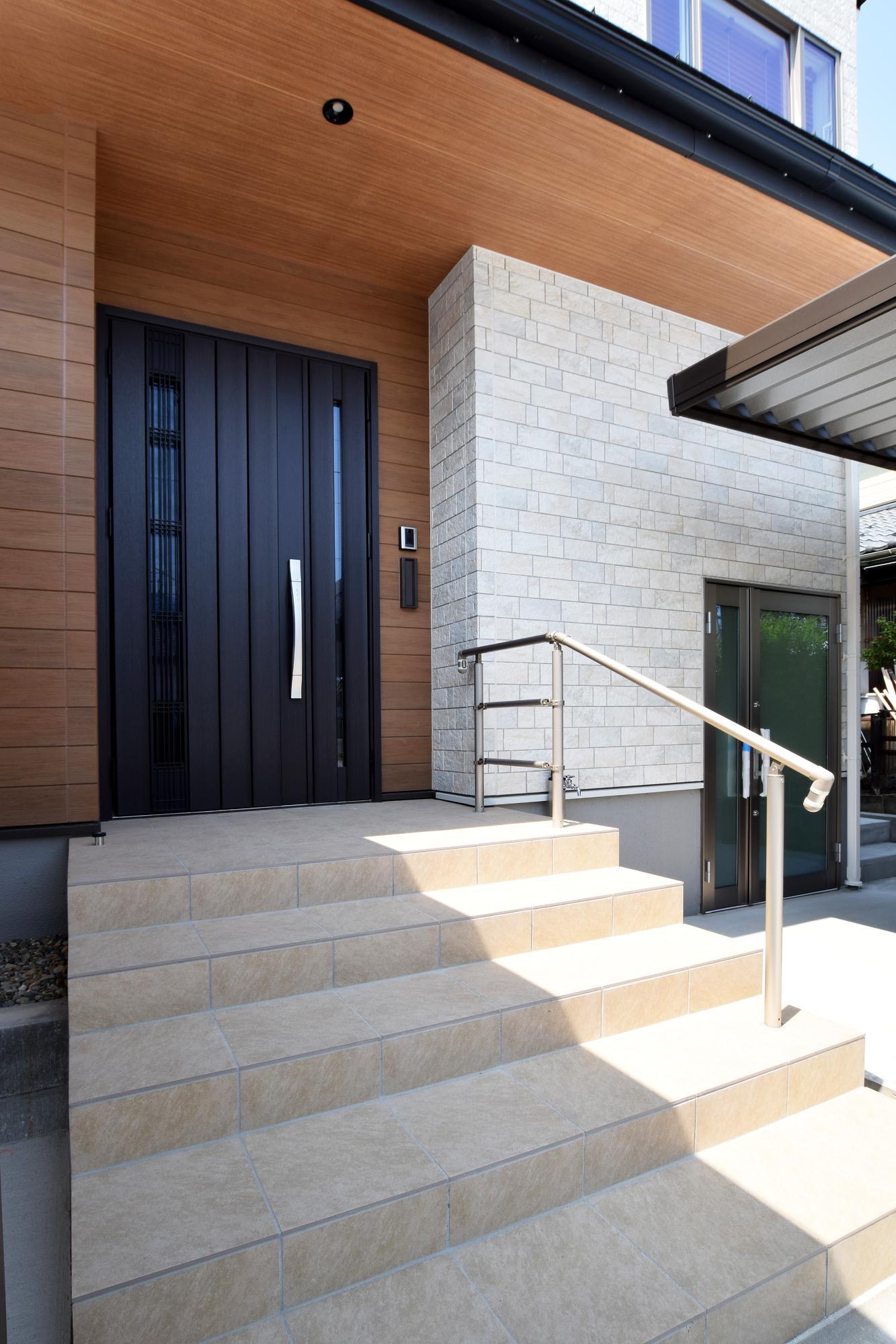機能性高く快適に巣まう2世帯住宅の写真2