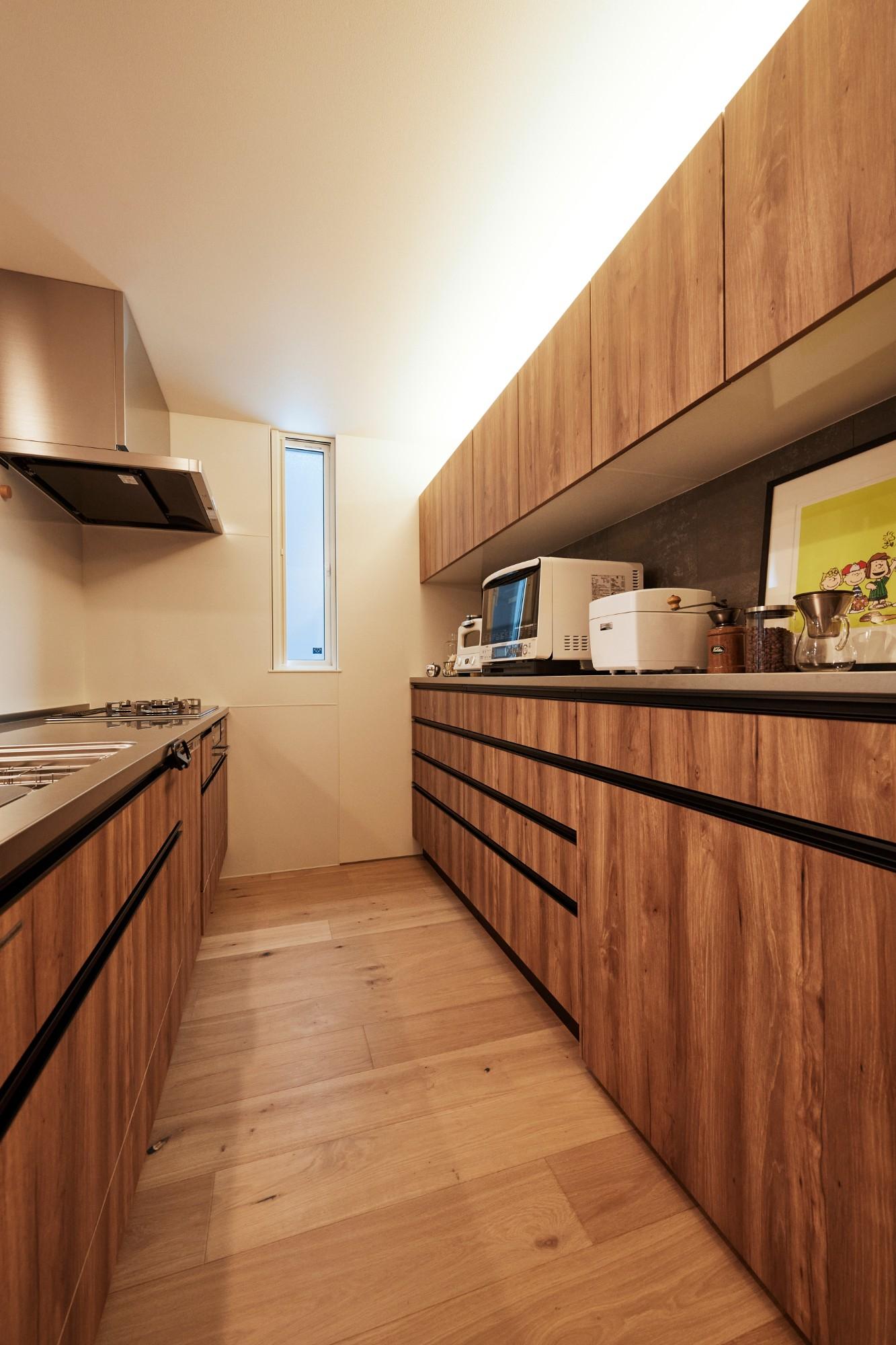 DETAIL HOME(ディテールホーム)「コンパクトにデザインする家」のシンプル・ナチュラルなキッチンの実例写真