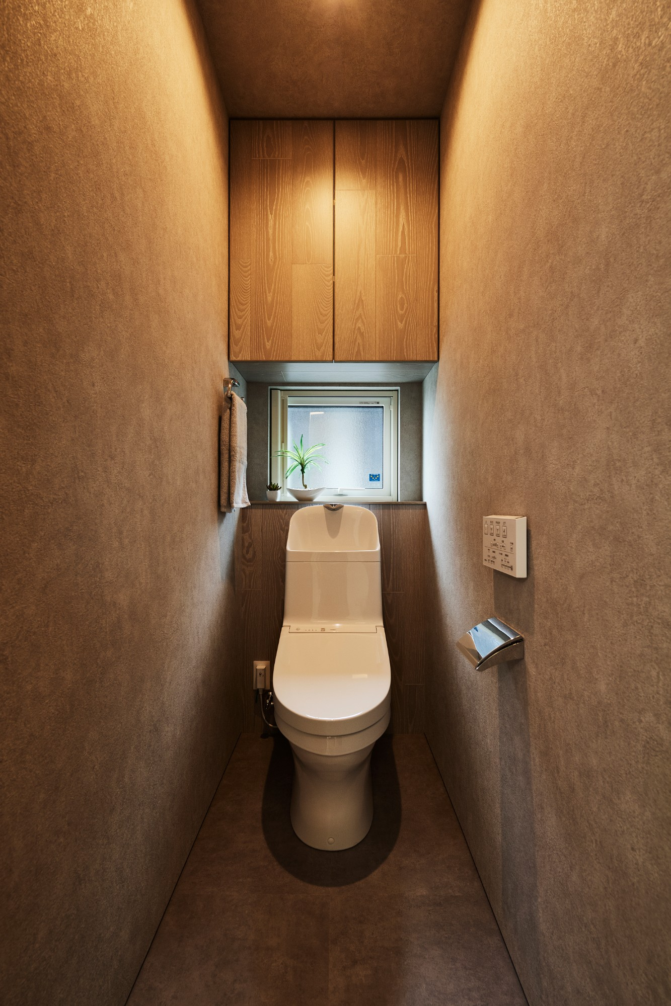 DETAIL HOME(ディテールホーム)「コンパクトにデザインする家」のシンプル・ナチュラルなトイレの実例写真