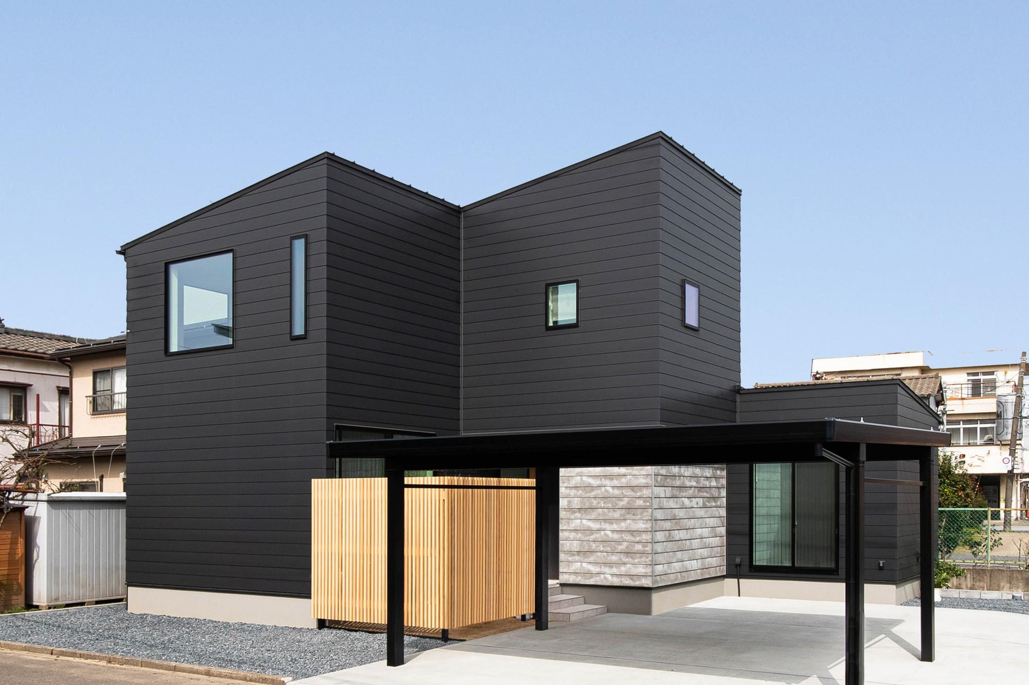 DETAIL HOME(ディテールホーム)「縦横の広がりをつくる、ツリーと吹抜けのある家」のシンプル・ナチュラルな外観の実例写真