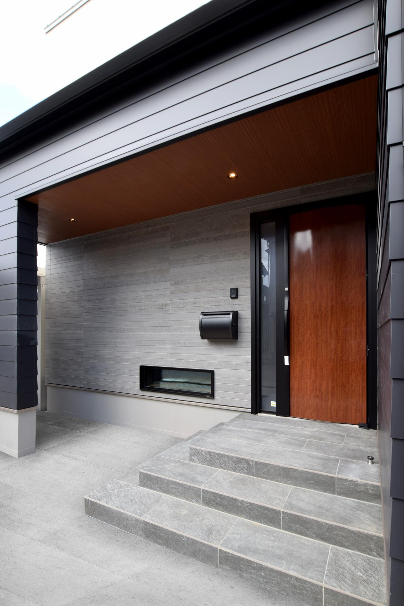 DETAIL HOME(ディテールホーム)「断熱材が2倍の全館空調の家」のシンプル・ナチュラル・モダンな外観の実例写真
