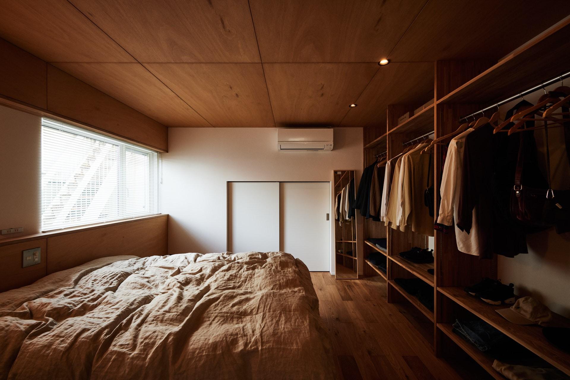 DETAIL HOME(ディテールホーム)「素材を楽しむ小さな家」のシンプル・ナチュラルな居室の実例写真