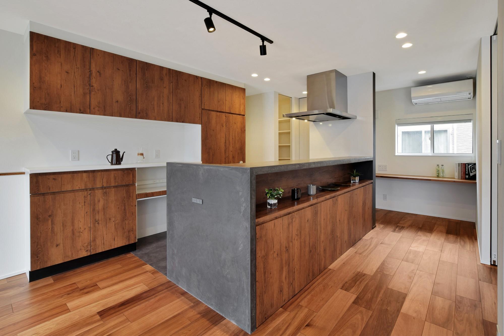 DETAIL HOME(ディテールホーム)「モールテックスキッチンとインテリアにこだわった住まい」のシンプル・ナチュラルなキッチンの実例写真