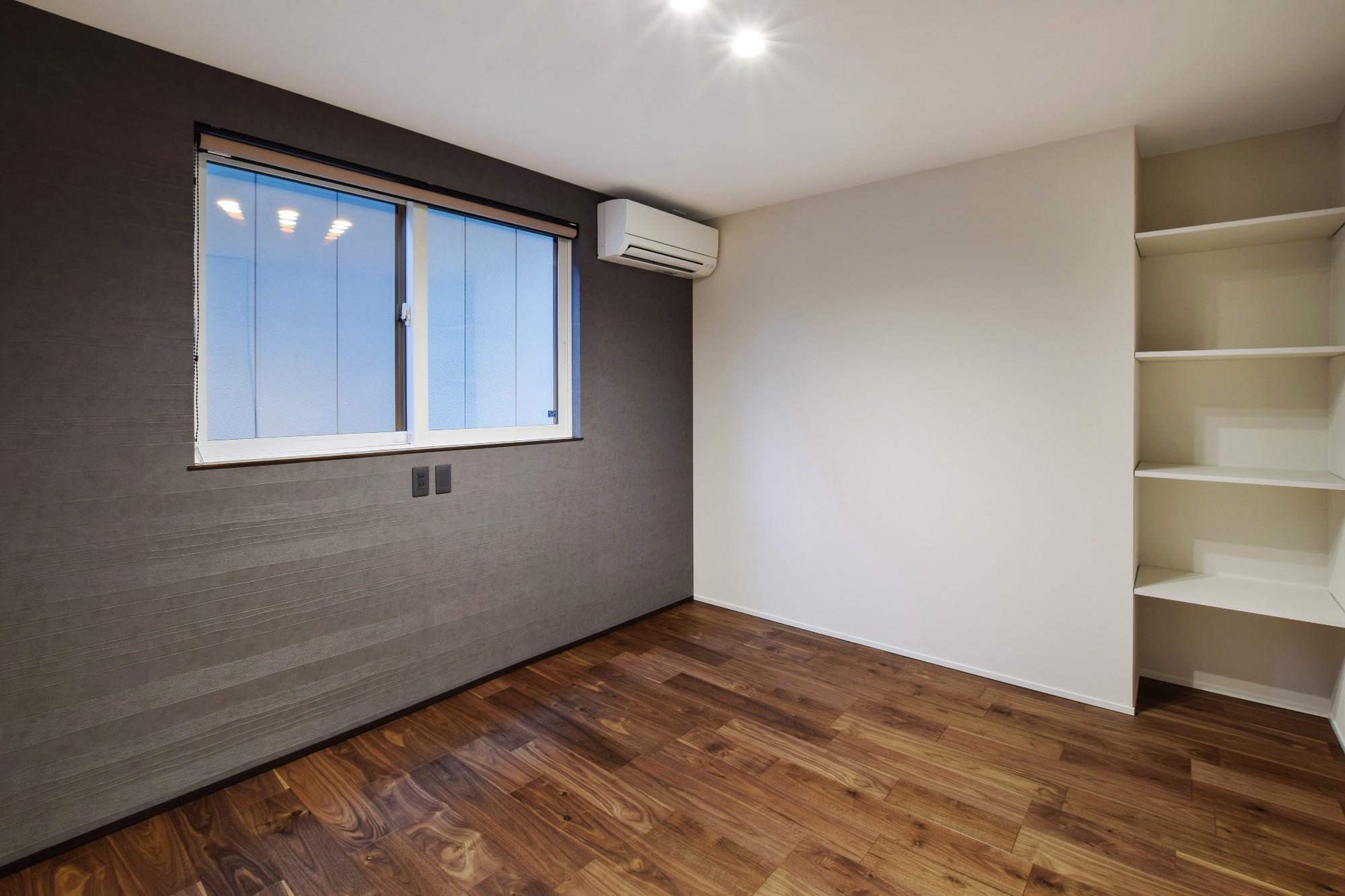 DETAIL HOME(ディテールホーム)「40代からのワンフロアスタイル」のシンプル・ナチュラルな居室の実例写真