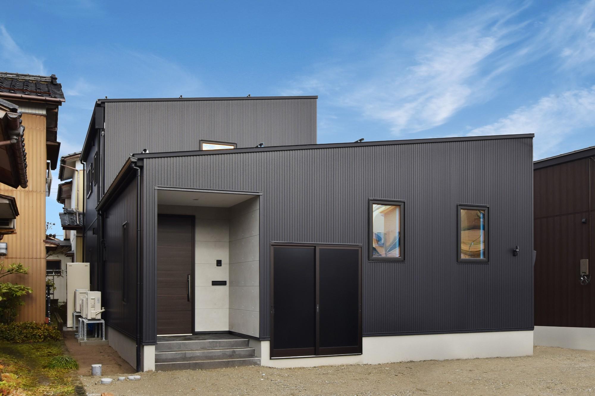 DETAIL HOME(ディテールホーム)「40代からのワンフロアスタイル」のシンプル・ナチュラルな外観の実例写真