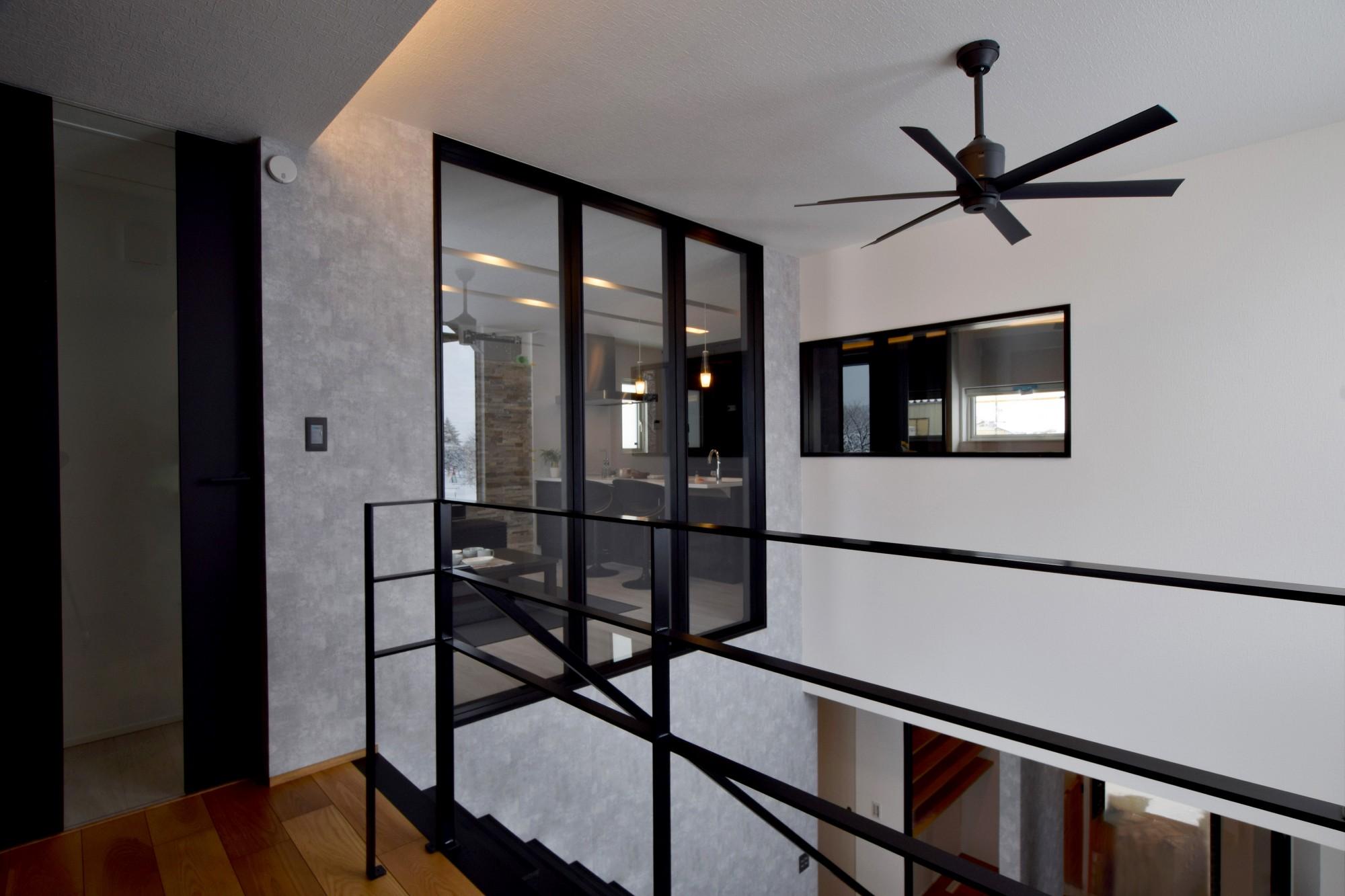 DETAIL HOME(ディテールホーム)「趣味と風景をたのしむ家」のヴィンテージなリビング・ダイニングの実例写真