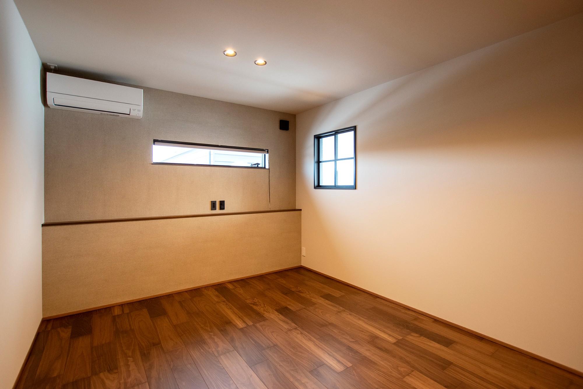 DETAIL HOME(ディテールホーム)「光が降りそそぐ開放感のある家」のシンプル・ナチュラルな居室の実例写真