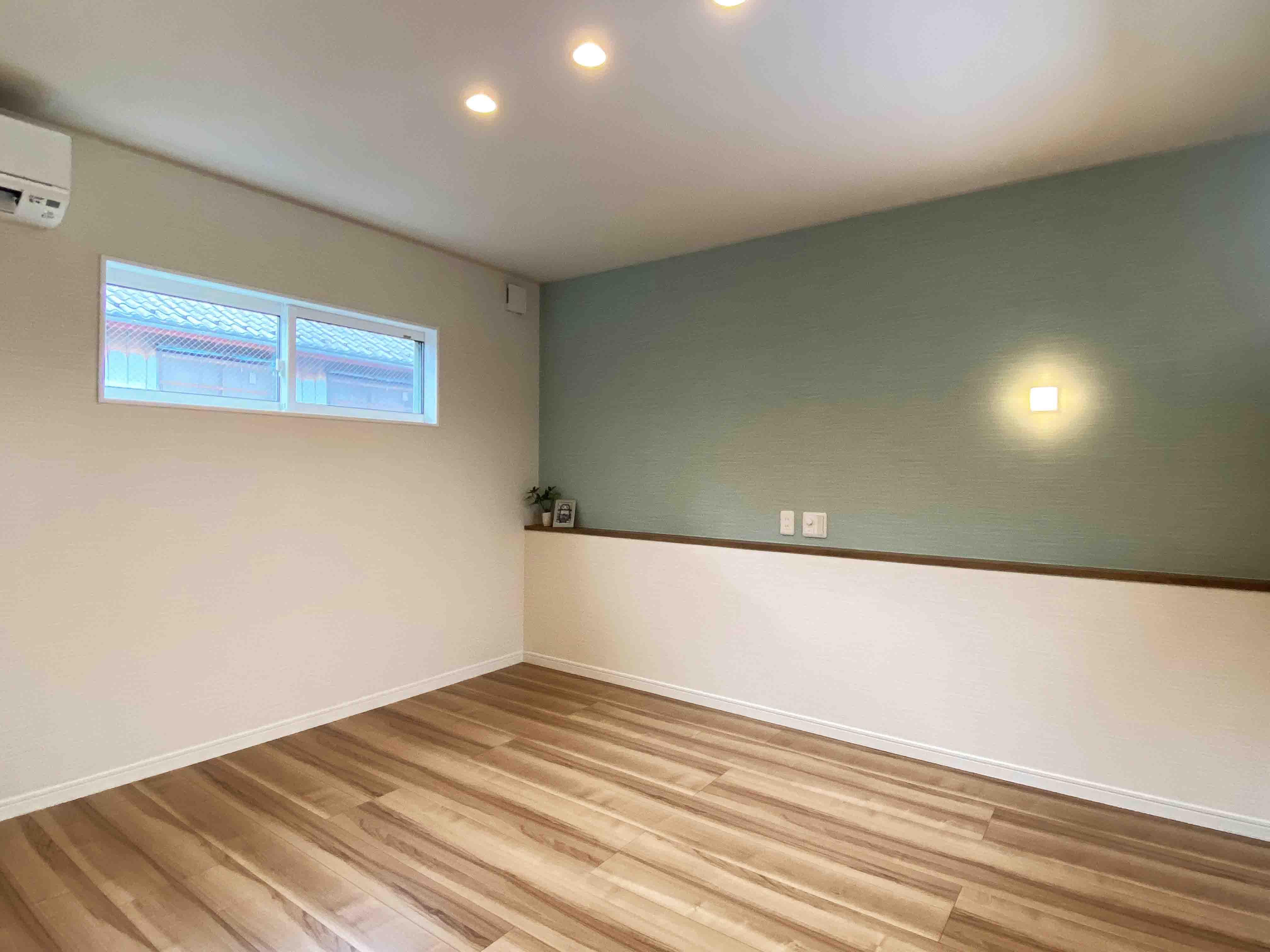 株式会社アンドクリエイト「うちカフェが楽しくなる家」のシンプル・ナチュラルな居室の実例写真