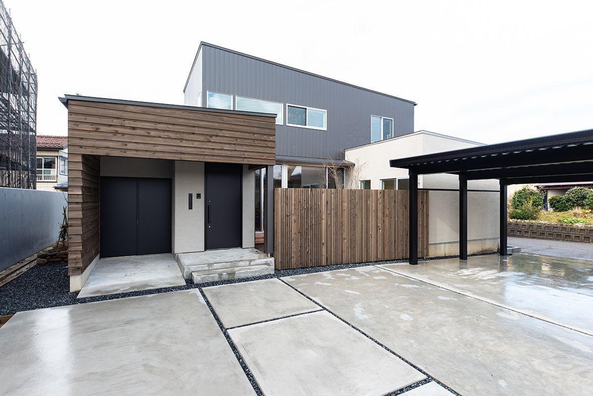 株式会社あかがわ建築設計室「対庭の家」のシンプル・ナチュラル・モダンな外観の実例写真