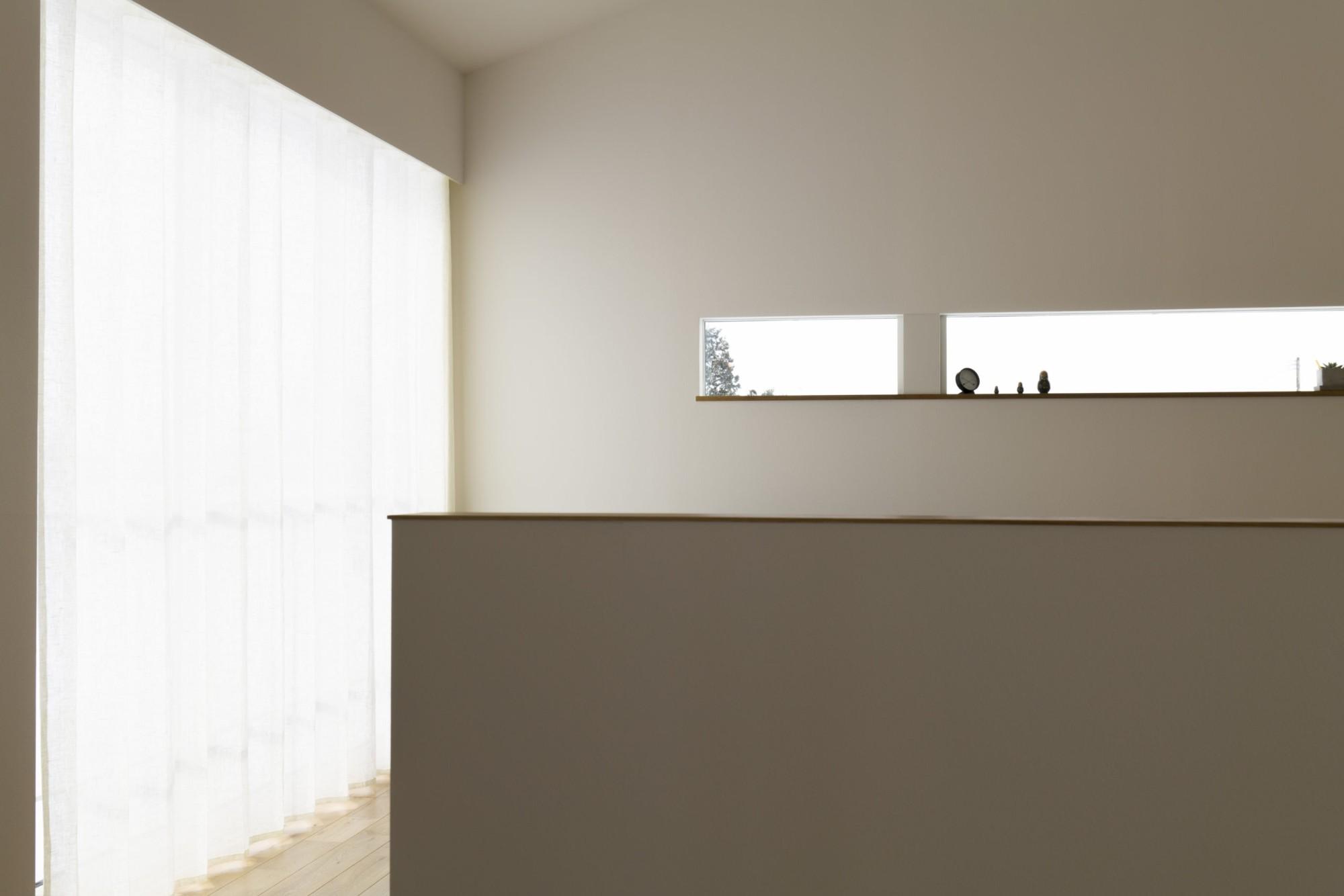 株式会社あかがわ建築設計室「悠遠の家」のシンプル・ナチュラル・自然素材なリビング・ダイニングの実例写真