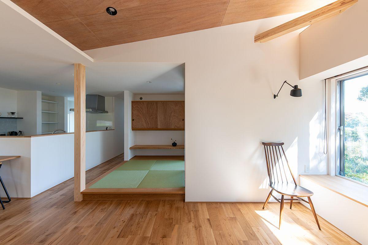 株式会社あかがわ建築設計室「雄景の家」のシンプル・ナチュラル・モダン・和風・和モダン・自然素材なリビング・ダイニングの実例写真