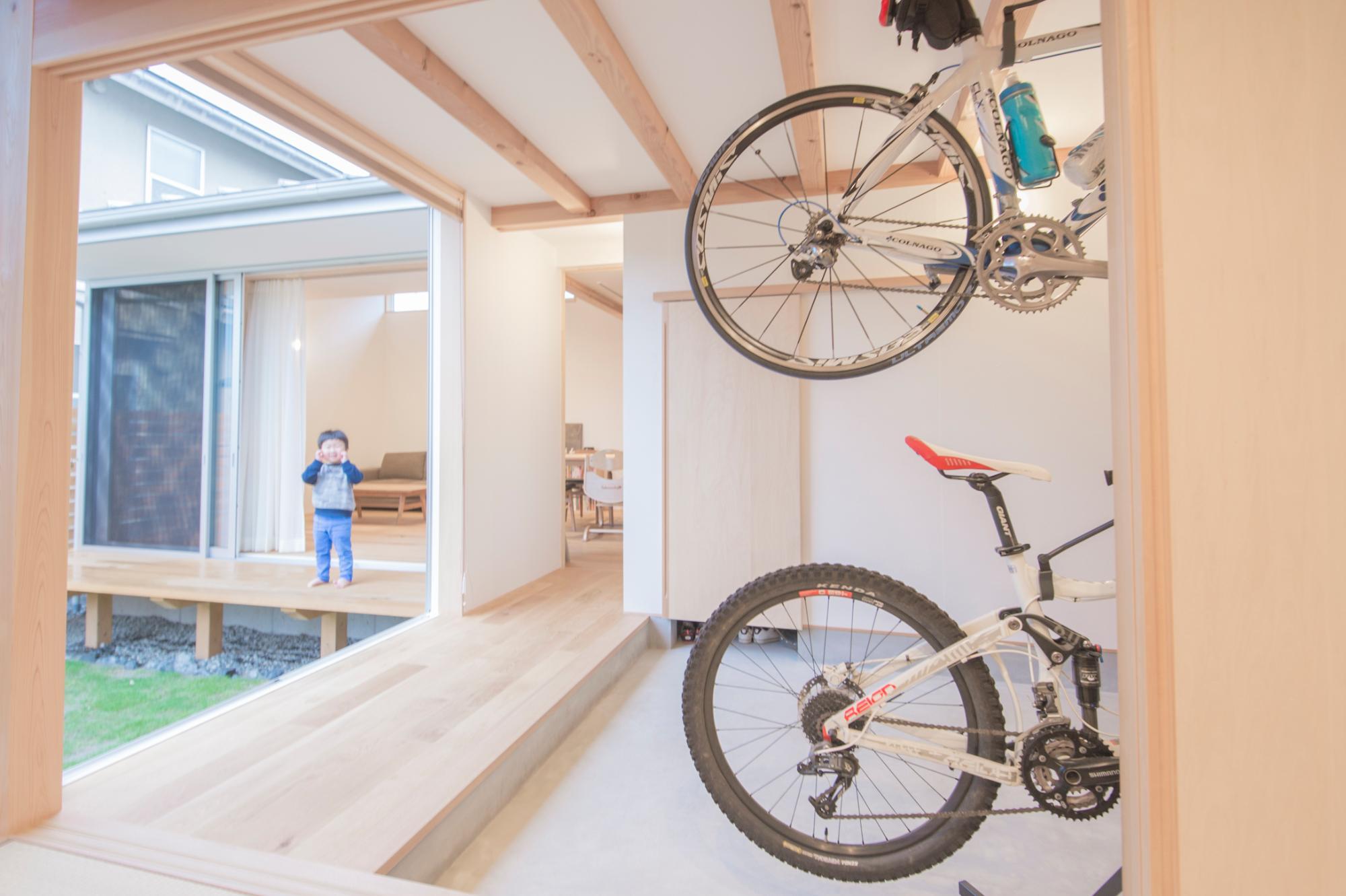 加藤淳 一級建築士事務所「庭を囲む住まい」の実例写真