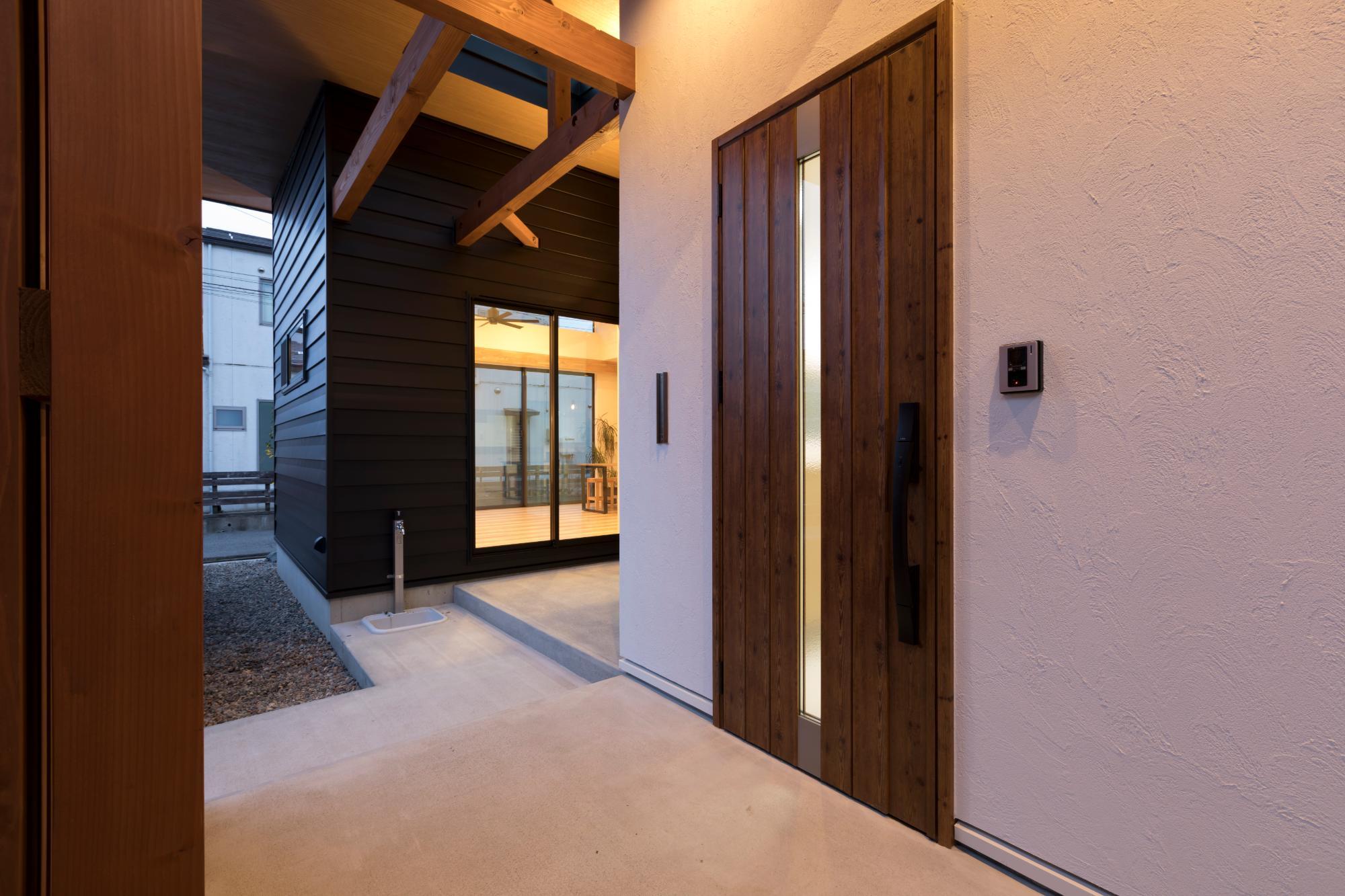 株式会社mokusia「愛犬とゆっくり暮らす平屋の家」の実例写真