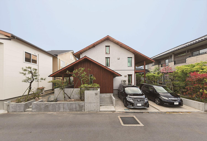 株式会社菅原建築設計事務所「大人のアジアンリゾートのような家」のシンプル・ナチュラルな外観の実例写真