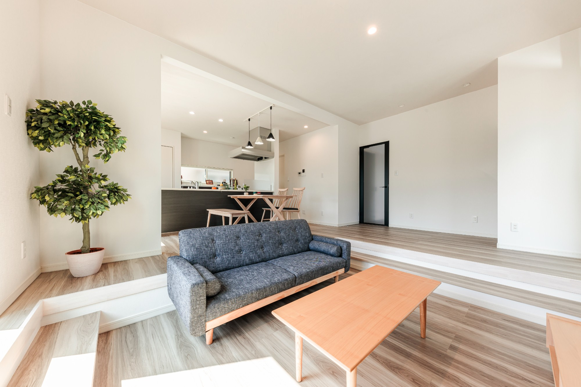 ロクワの家【株式会社 小野組 ライフビルダーグループ】「赴く暮らし」の実例写真