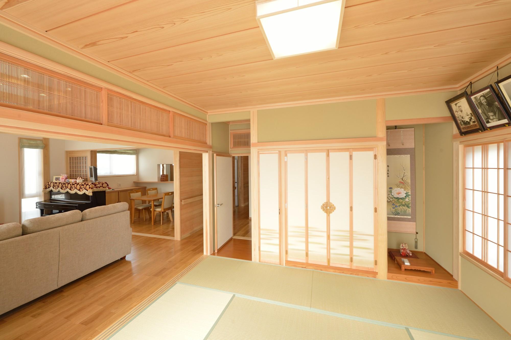 家'Sハセガワ株式会社「森の散歩道 ~五感を満たす家~」の和風・和モダンな居室の実例写真