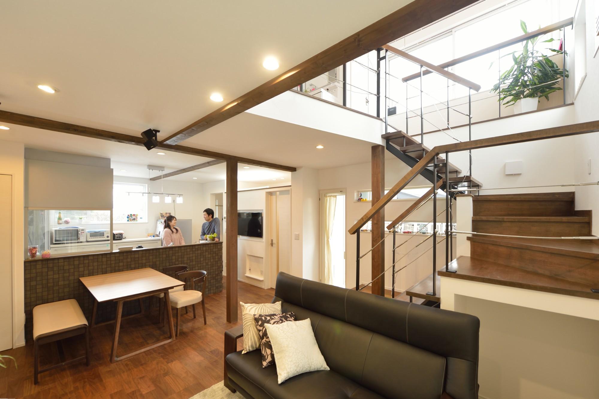 家'Sハセガワ株式会社「雑貨が似合う家」のシンプル・ナチュラルなリビング・ダイニングの実例写真