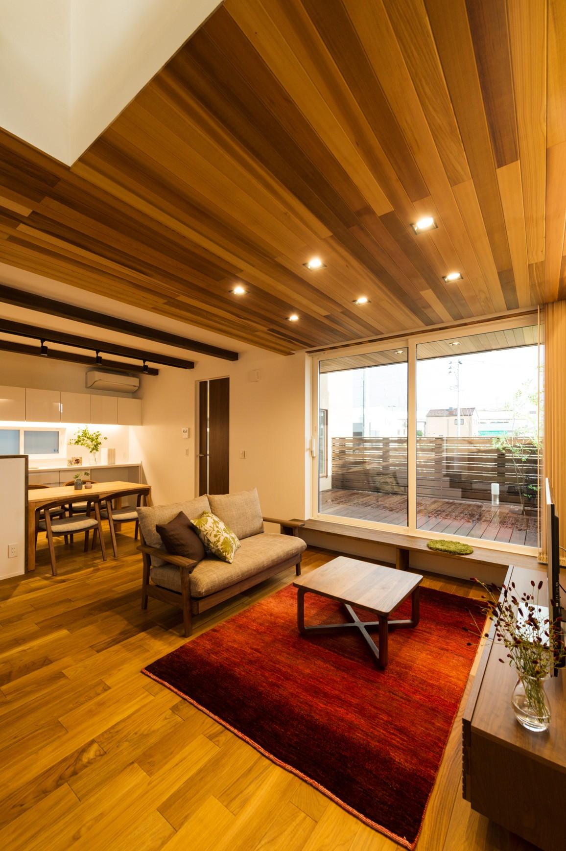 フクダハウジング株式会社「ワンランク上の美しさと機能性の高い家」のシンプル・ナチュラル・モダンなリビング・ダイニングの実例写真