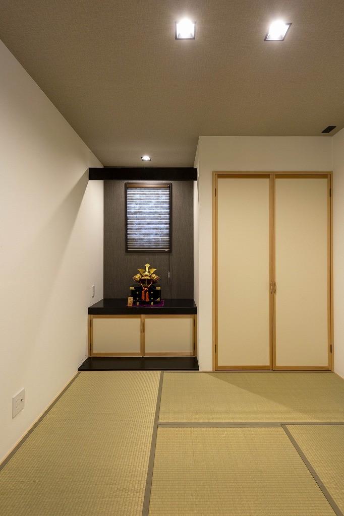 フクダハウジング株式会社「洗練されたデザインが上質感あふれる家」のシンプル・ナチュラル・和風・和モダンな居室の実例写真