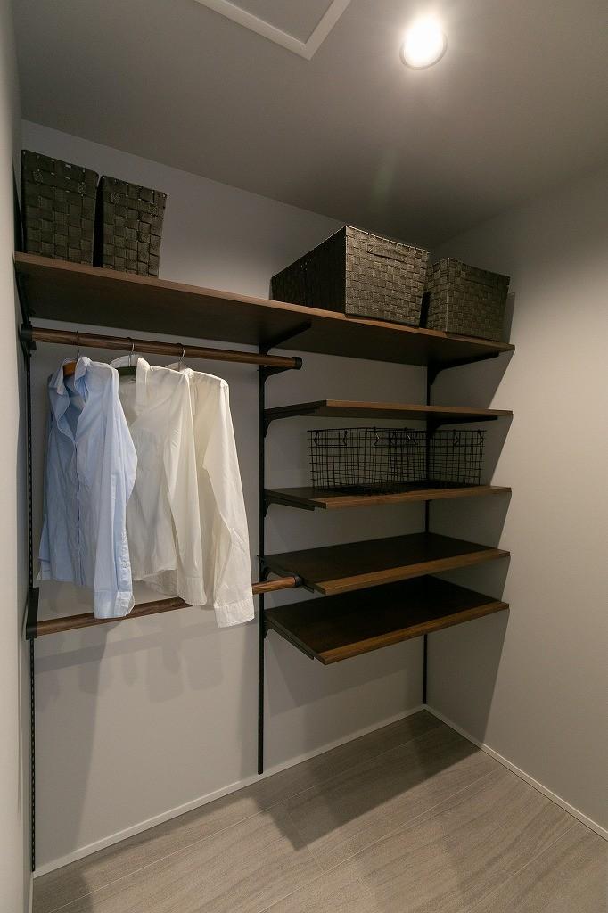 フクダハウジング株式会社「耐震性・デザイン性にこだわった長期優良住宅」のシンプル・ナチュラルな収納スペースの実例写真