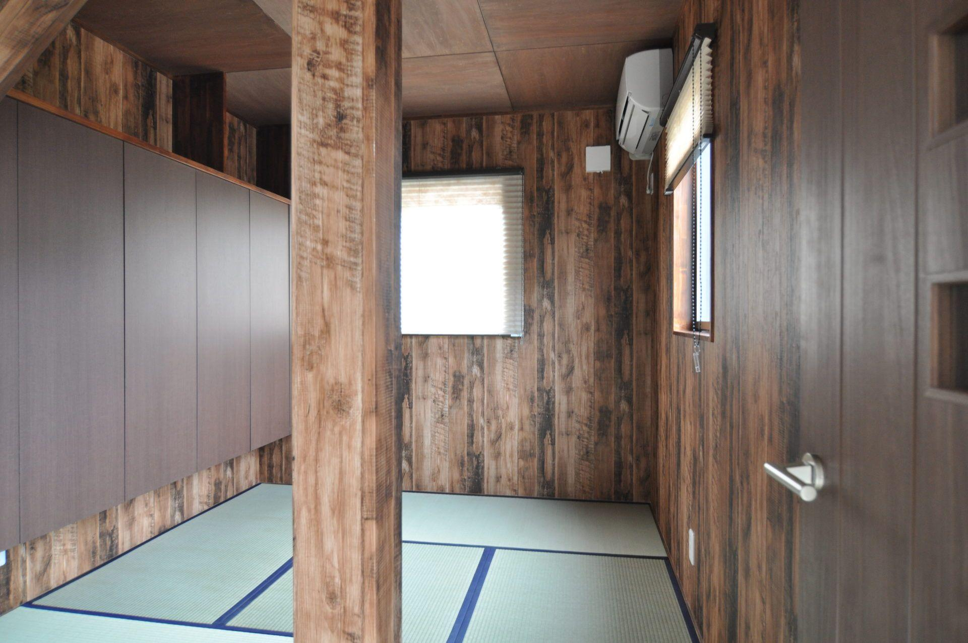 有限会社 市川建築店 1級建築士事務所「三条市 K様邸」の和風・和モダンな居室の実例写真